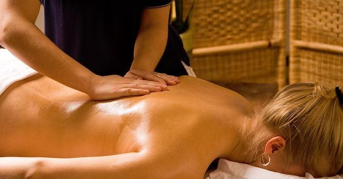 Massagestudio in 81101 Bratislava: Red&White Massage Therapy